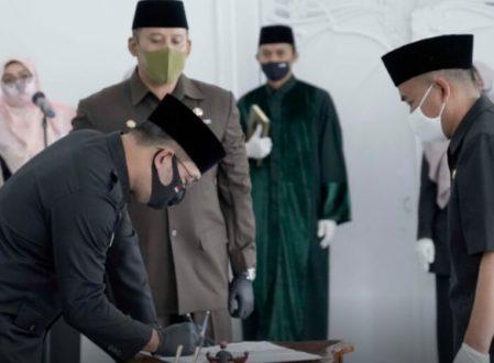Gubernur Jabar Ridwan Kamil rombak total jabatan Kepsek